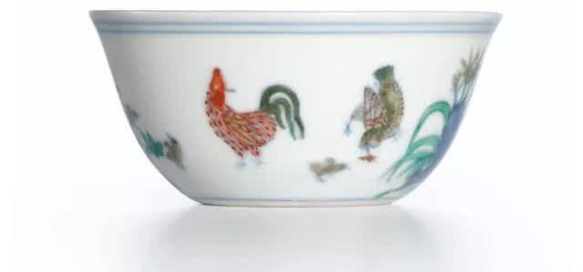 玫茵堂珍藏成化鸡缸杯 Sotheby's 成交价 281,240,000(港币)
